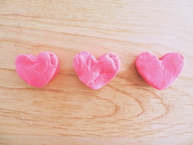 ピンクの3つのハート
